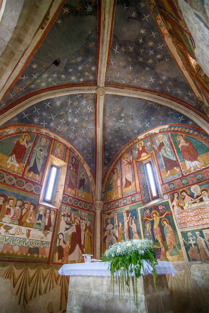 Fossa (AQ) - Chiesa di S. Maria ad Cryptas